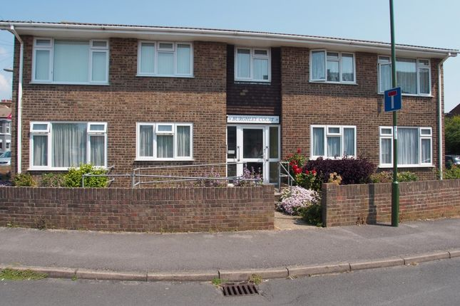 Thumbnail Flat to rent in Cecil Road, Lancing