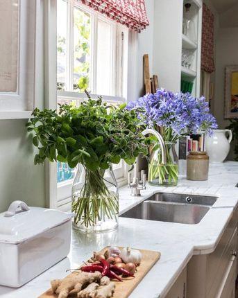 Kitchen of Turnchapel Mews, London SW4