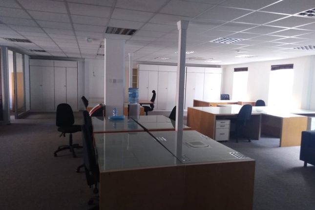 Office to let in Queensway, London