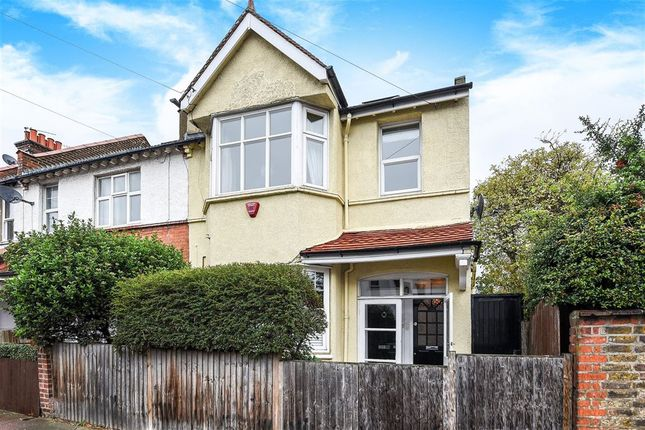Thumbnail Flat for sale in Tranmere Road, Earlsfield, London
