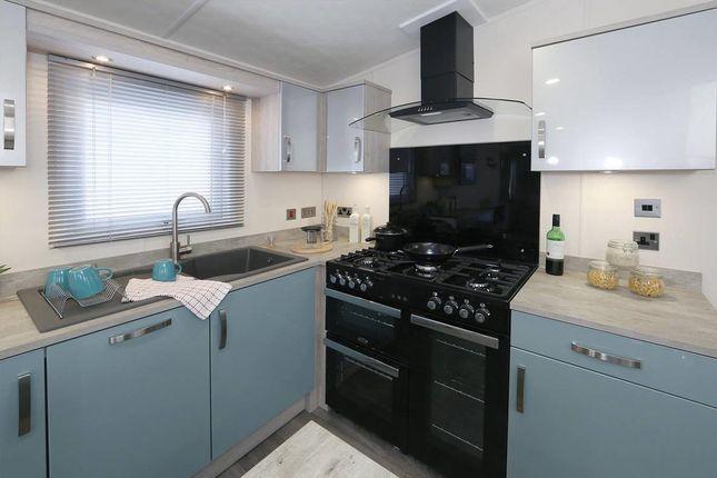 Superior-Deluxe-Kitchen-1181x787