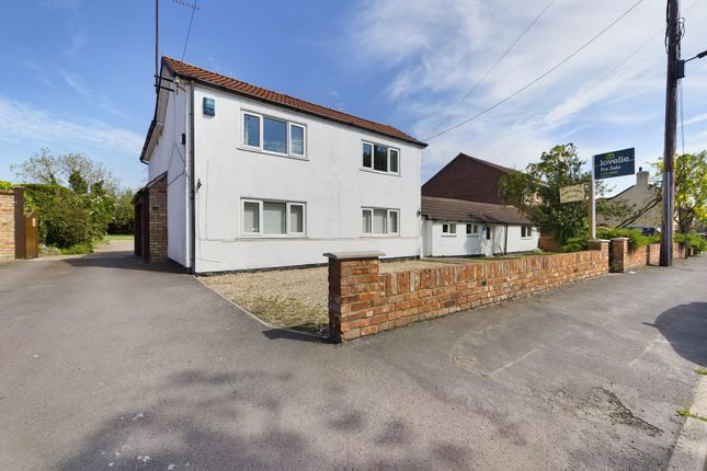 Thumbnail Detached house for sale in Townside, East Halton, North Lincolnshire