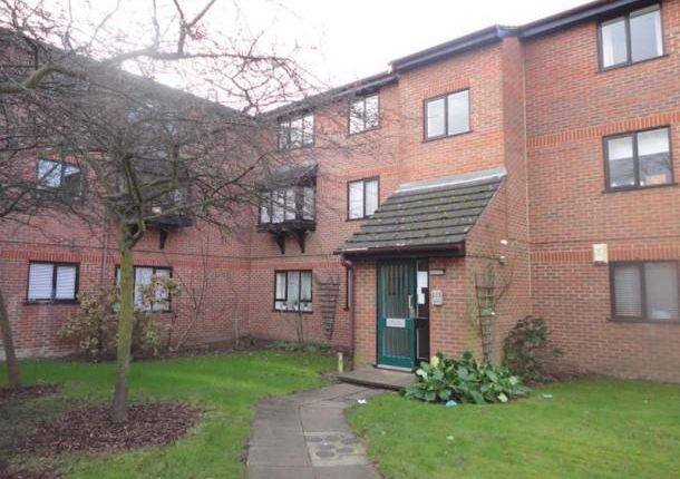 Thumbnail Flat to rent in Eastern Road, London
