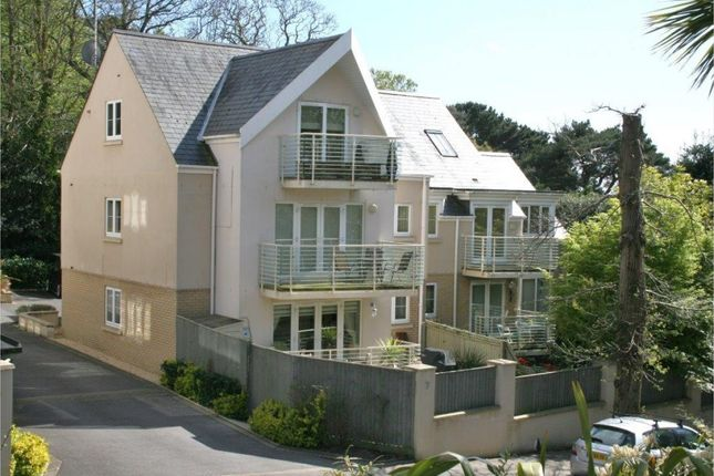 2 bed flat for sale in Windsor Road, Parkstone, Poole