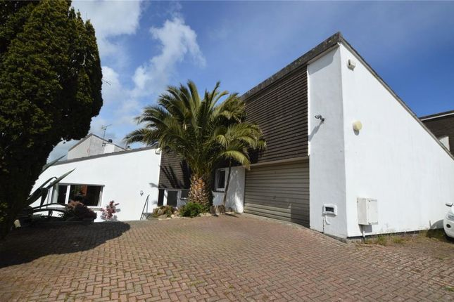 4 bed detached bungalow for sale in Meadowside Close, Hayle, Cornwall TR27