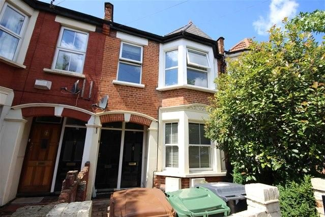 Thumbnail Flat to rent in Walthamstow, London