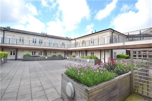 Thumbnail Flat to rent in Phillip House, Bath