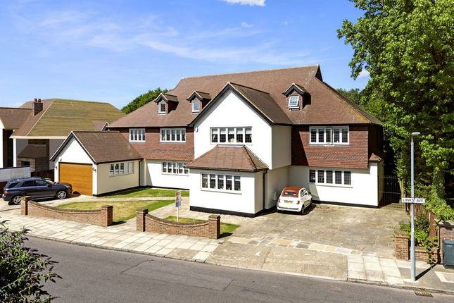 Thumbnail Detached house for sale in Links Avenue, Gidea Park, Romford