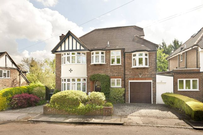 4 bed detached house to rent in Belmont Close, Totteridge