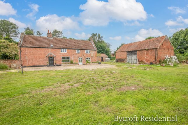 Thumbnail Farmhouse for sale in Yarmouth Road, Ormesby, Great Yarmouth