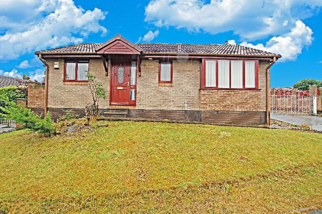 Thumbnail Detached bungalow for sale in Helmsley Avenue, Halfway, Sheffield