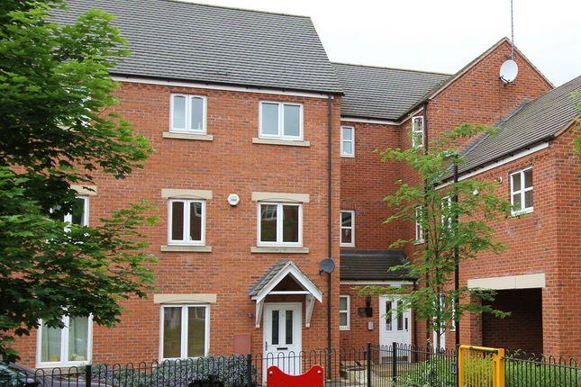 Thumbnail Town house to rent in Clarkes Court, Banbury