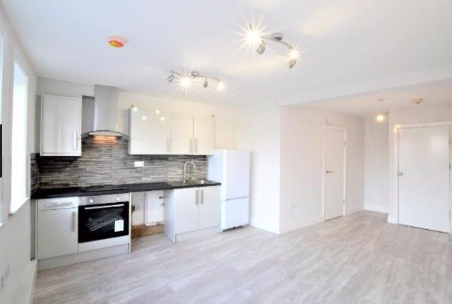 Thumbnail Flat to rent in Bellegrove Road, Welling