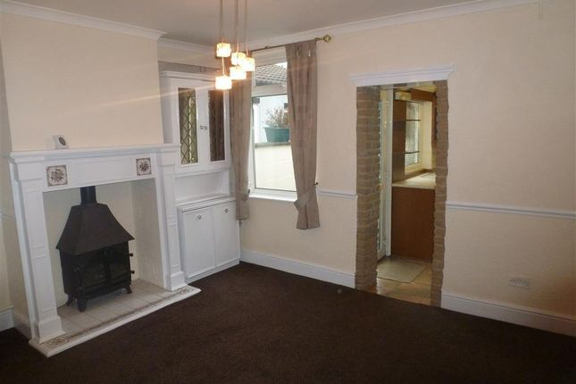 Thumbnail Terraced house to rent in New Street, Swanwick, Alfreton