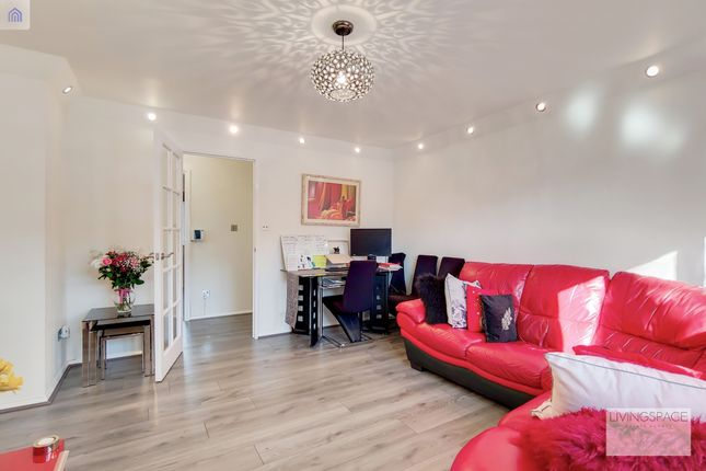 2 bed flat for sale in Cherry Blossom, London N13