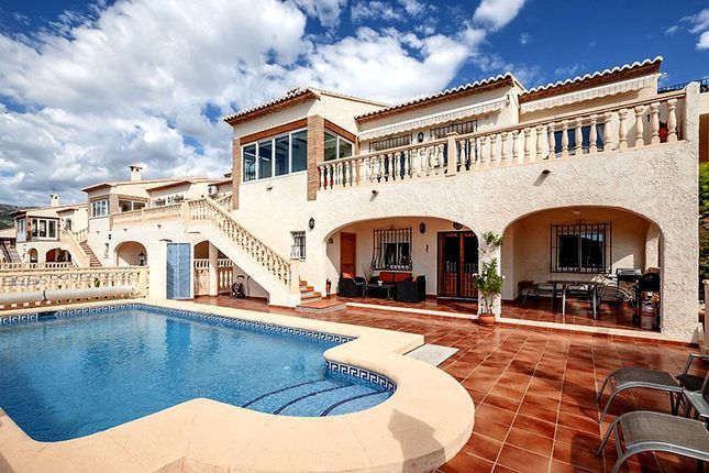 5 bed villa for sale in 03727 Jalón, Alicante, Spain