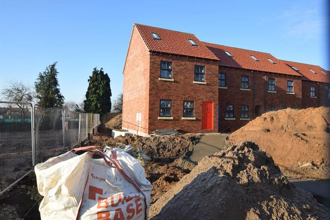 End Town House of Church Lane, Crowle, Scunthorpe DN17
