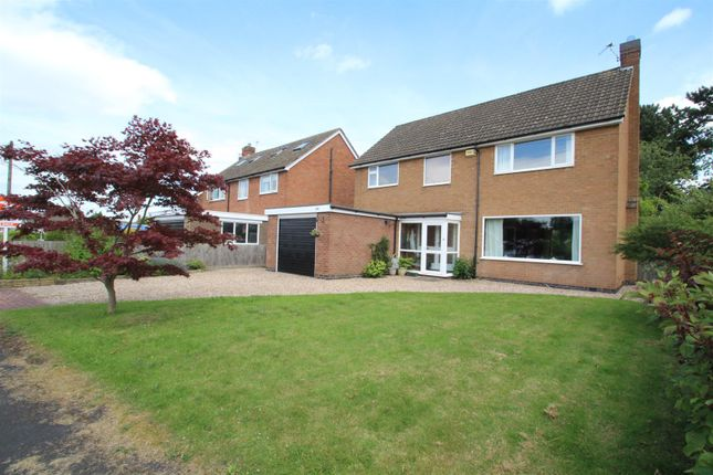 Thumbnail Detached house for sale in Grangefields Drive, Rothley, Leicestershire