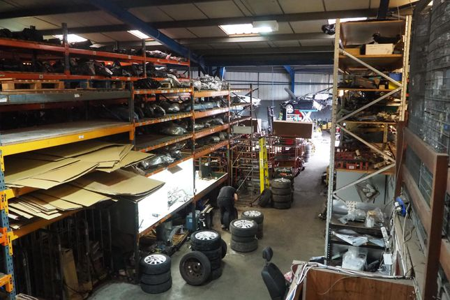 Thumbnail Parking/garage for sale in Vehicle Repairs & Mot DN9, North Lincolnshire
