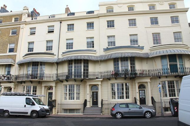 Thumbnail Flat to rent in Regency Square, Brighton, East Sussex