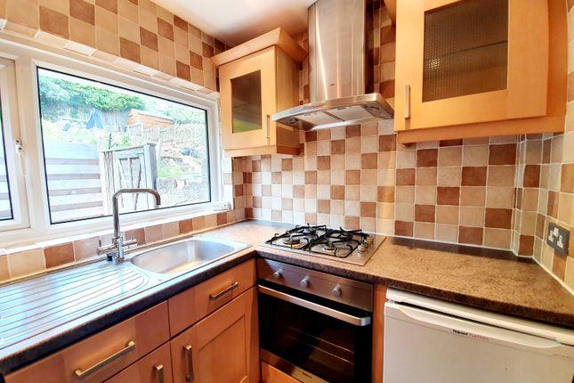 Thumbnail Maisonette to rent in Avondale Avenue, East Barnet, Barnet