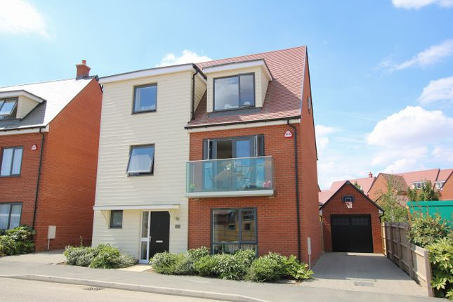 Thumbnail Detached house for sale in Brassie Wood, Chelmsford