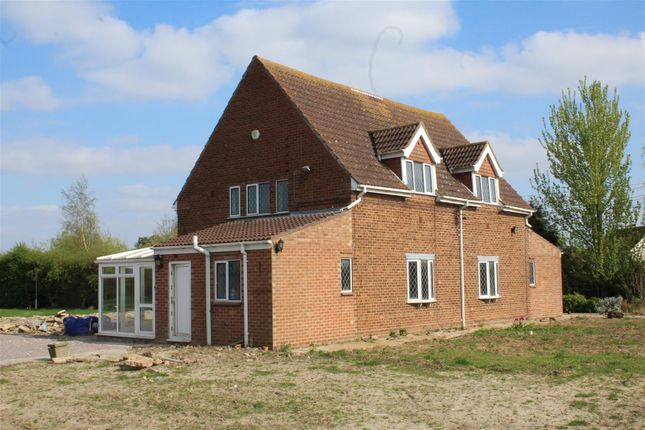 Thumbnail Property for sale in Swindlers Drove, Spalding