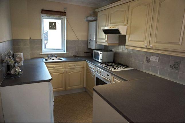 Thumbnail Flat to rent in East Street, Pontypridd