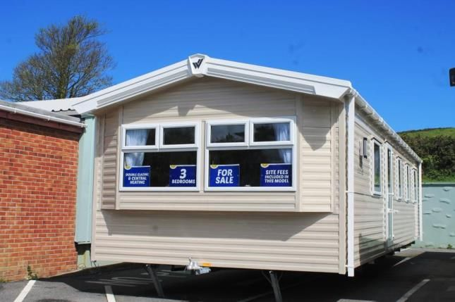 3 bed mobile/park home for sale in Trevelgue, Newquay, Cornwall