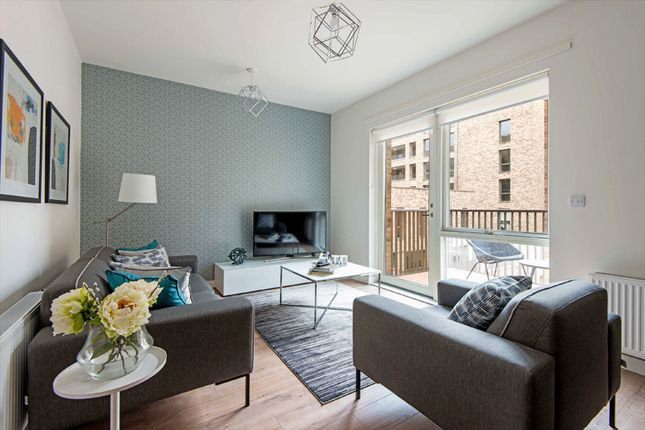 3 bedroom flat for sale in Northgate Road, Barking