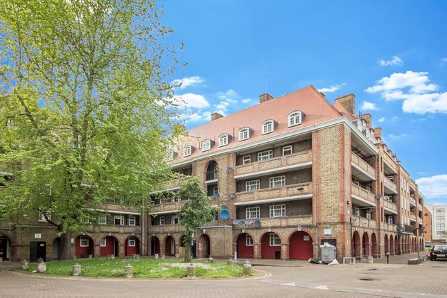 1 bed flat for sale in Comber House, Camberwell