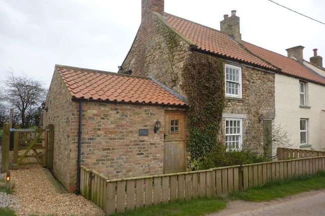 Thumbnail Cottage to rent in Fleece Cottages, Market Place, Bedale