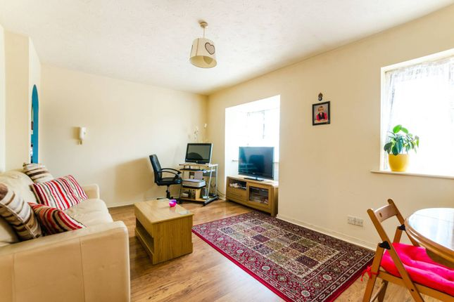 Thumbnail Flat for sale in Somerset Gardens, Tottenham