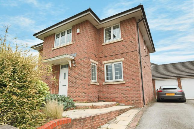 Thumbnail Detached house for sale in Gilbert Boulevard, Arnold, Nottingham