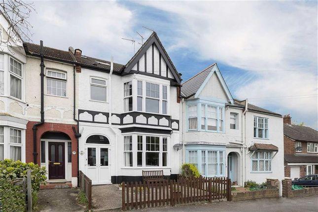 Thumbnail Property for sale in Wynndale Road, London