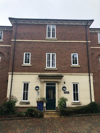 Thumbnail Flat to rent in Marnhull Rise, Winchester