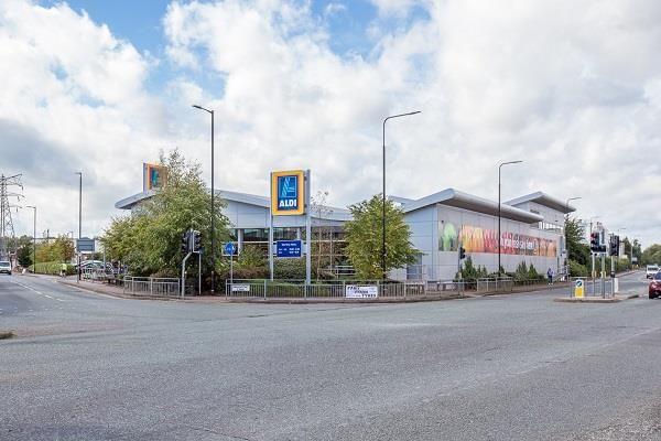 Thumbnail Retail premises for sale in Davenport Lane, Broadheath, Altrincham