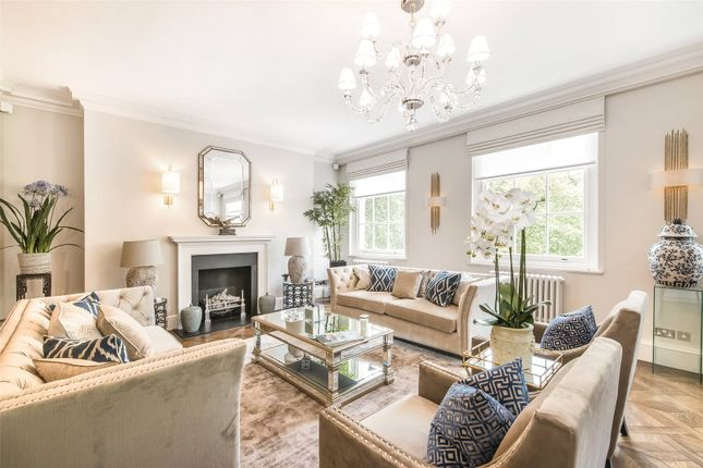 Thumbnail Flat to rent in Grosvenor Square, Mayfair, London