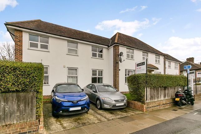 3 bed flat for sale in Churchdown, Downham, Bromley BR1