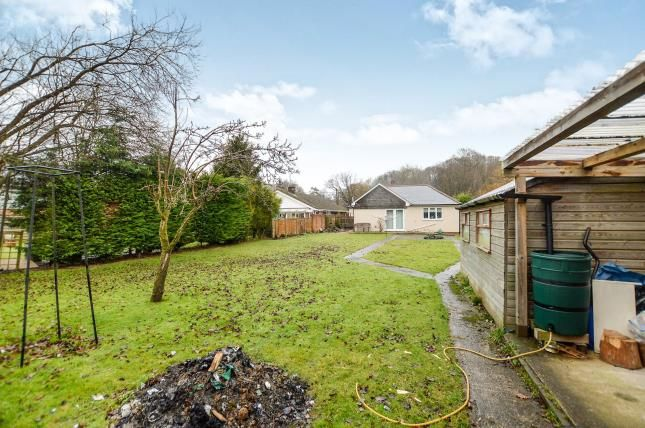 Thumbnail Bungalow for sale in Bromley Green Road, Ruckinge, Ashford, Kent