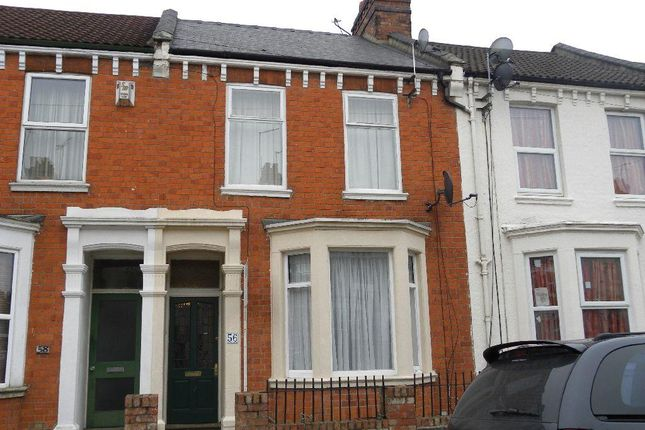 6 bed terraced house to rent in Lutterworth Road, Abington, Northampton