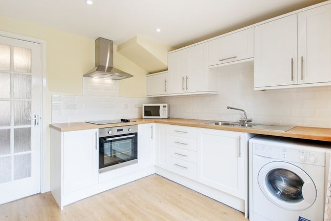 Thumbnail Terraced house to rent in Flatford Place, Kidlington