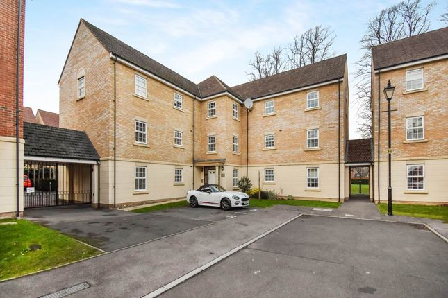 Thumbnail Flat to rent in Telford Court, Old College Mews, Newbury