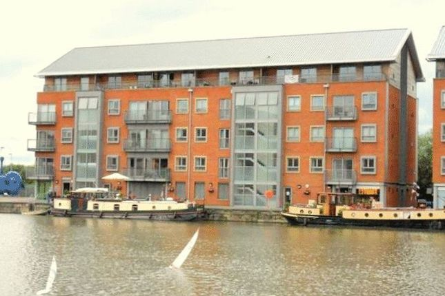 Thumbnail Flat To Rent In Severn Road The Docks Gloucester