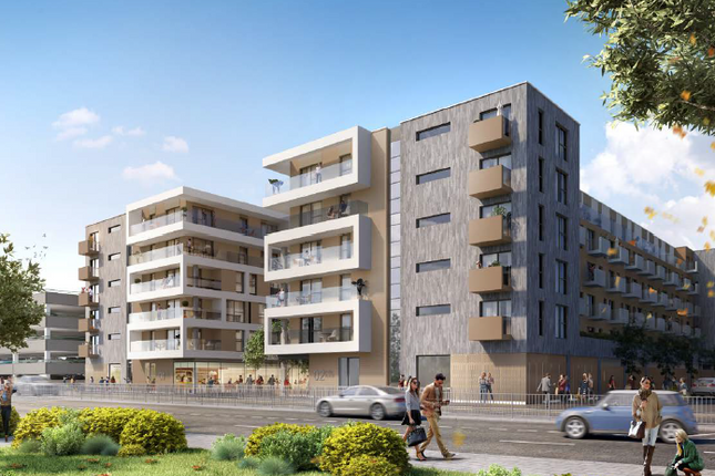 Thumbnail Flat for sale in Park Place, Market Square, Stevenage