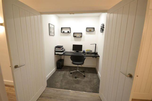 Office of Pentlepoir, Saundersfoot SA69