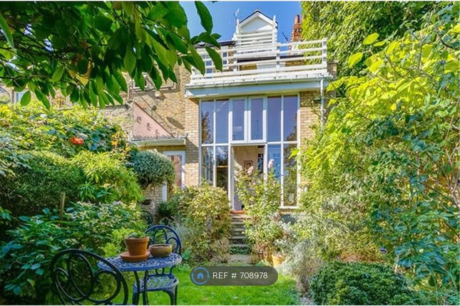 Thumbnail Terraced house to rent in Addington Road, Finsbury Park