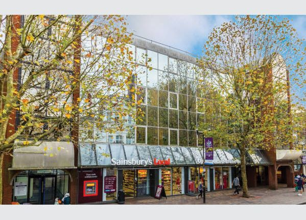 Thumbnail Property for sale in Hippodrome House, 7-11 Guildhall Walk, Hampshire