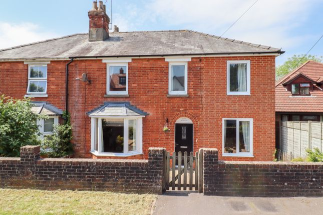 4 bed semi-detached house for sale in New Farm Road, Alresford SO24