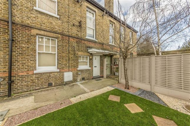 Thumbnail Terraced house to rent in Woodfield Road, London
